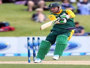 South africa won first one day by six wickets