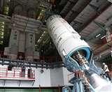 यूएस ने इस रॉकेट को बनाने से भारत को था रोका, वही नासा-इसरो के उपग्रह को ले जाएगा अंतरिक्ष
