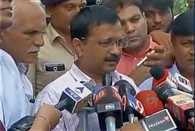 Delhi CM meets victims of Una incident at Rajkot civil hospital