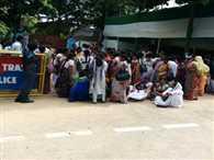 bihar's nurses protest against nitish kumar