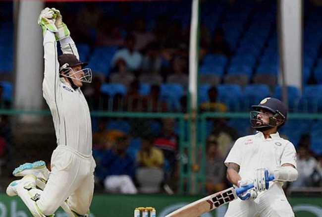 Murali Vijay accepts that team India played some loose shots