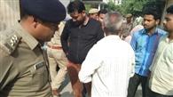पल्लवपुरम में दिनदहाड़े सर्राफ पर फाय¨रग कर गहने लूटे
