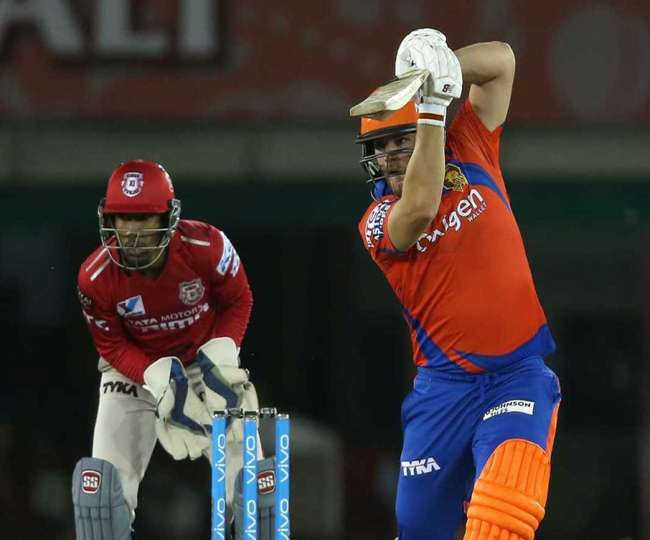 KIngs 11 Punjab will face the challange of Gujrat Lions in the 26th match of  IPL 10