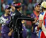देखें, जब बीच मैदान पर भिड़ गए टीम इंडिया के दो दिग्गज खिलाड़ी, अब फिर होंगे आमने-सामने