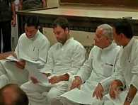 One-rank-one-pension issue: Rahul Gandhi meet ex-servicemen, war widows