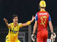 Ashish Nehra again plays pivotal role in CSK bowling