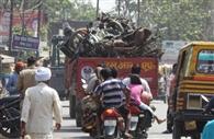 कोतवाली परिसर से हटवाए गए वाहन