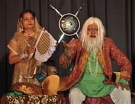 लोकनृत्यों व नाटकों की प्रस्तुतियों ने मनमोहा