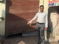 चोरों ने दो दुकानों व एक झोपड़ी से चुराया हजारों का सामान