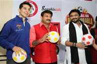 Bollywood Star and MP will Play football match