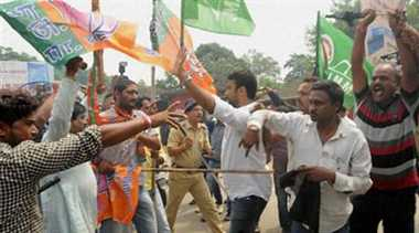 BJP, JMM activists clash during Tomar's visit