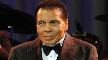 great boxer mohammad ali health is  critcal