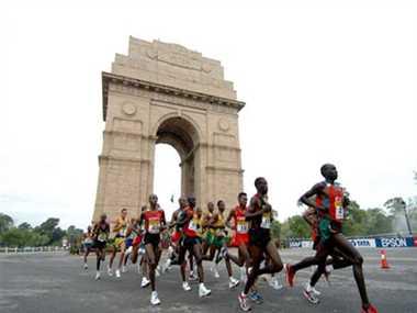 Ethiopian athlete Guye Adola wins Delhi Airtel Half Marathon 2014