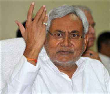 nitish attack on modi