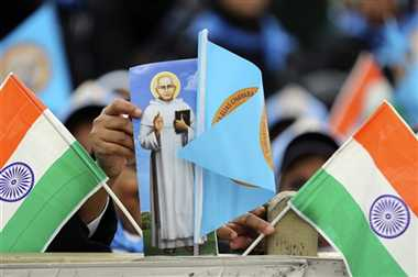 Vatican Confers Sainthood on Priest, Nun From Kerala