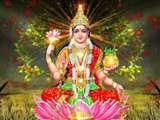 तंत्र शास्त्र के अनुसार धन की देवी मां लक्ष्मी को शुक्रवार के दिन इस तरह करें प्रसन्न