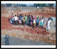 आहार निर्माण में घटिया कार्य कराने पर भड़के ग्रामीण