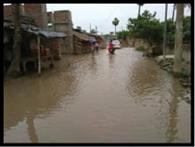 सड़क पर जलजमाव, राहगीर हलकान