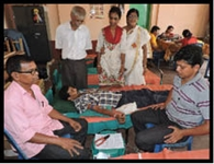 अलग-अलग शिविरों में 38 यूनिट रक्तदान