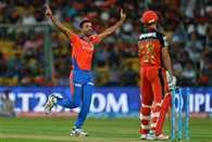Royal challengers Bangalore VS Gujarat Lions