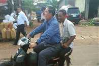 cambodia pm fined for riding bike without helmet