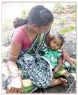 बेटी का शव गोद में उठा अस्पताल से पैदल ही निकल पड़े माता-पिता