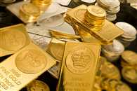 Gold prices hold up well, silver remains vulnerable