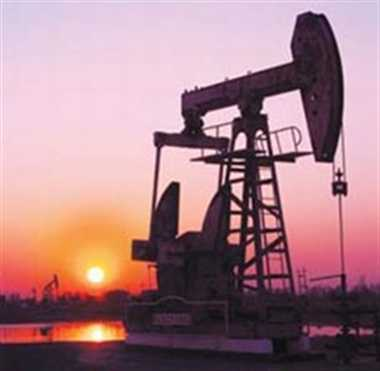 Brent slips towards $84 on sharp rise in U.S. crude stocks