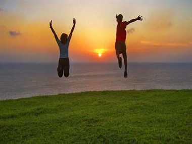 9 ways to keep yourself happy