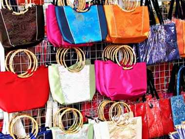Colorful hand bags for winters