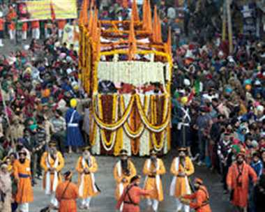 "Traffic restrictions in Delhi for ""NAGAR KIRTAN"