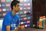 Nehra trolled for using old Nokia phone comment