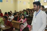 श्यामलाल कॉलेज यूथ पार्लियामेंट में विद्यार्थियों ने लिया बढ़-चढ़कर हिस्सा