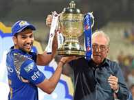 Rewards after IPL 8 final match in Kolkata