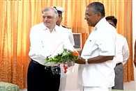 pinarayi vijayan meets with governor