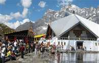 Hemkund Sahib and open the door the first day of the Ombudsman 7 thousands were Lakshman temple darshan