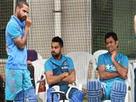 Shikhar Dhawan also comes out in support of Dhoni with his praises