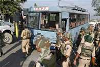 At least 8 CRPF jawans killed after militants attack convoy in Pampore ambush