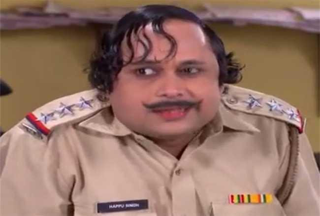 Bhabhi ji ghar par hai actor happu singh aka yogesh tripathi is look like this in his personal life