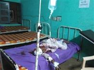 डेढ़ घंटे स्वास्थ्य केंद्र में तड़फता रहा घायल, नहीं मिली एंबुलेंस