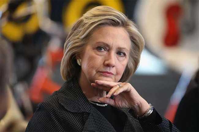 Hillary Clinton ,Democratic Party ,democratic party convention,हिलेरी,प्रत्याशी,डेमोक्रेटिक पार्टी,अध्यक्ष,इस्तीफा