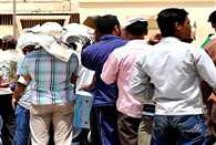 Stranded in UAE duped Indian workers call for help