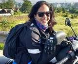 बाइक से लद्दाख जाने वाली महिला की गड्ढे ने ली जान