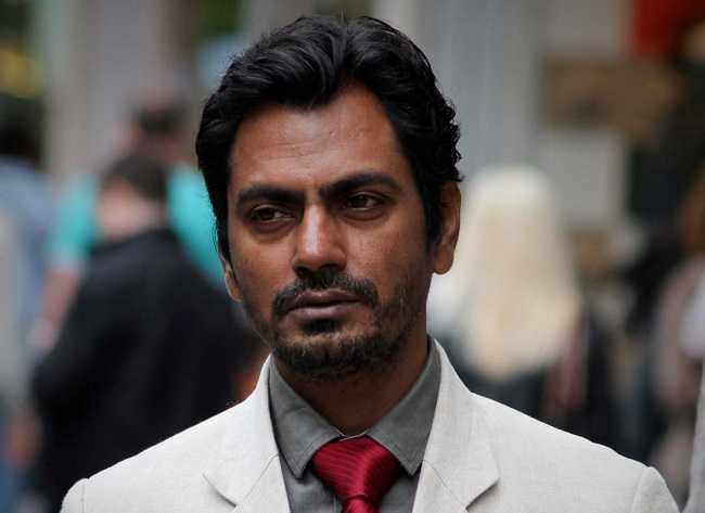 nawazuddin siddiqui sells undergarments in hyderabad