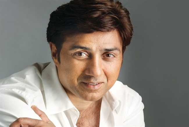 Sunny Deol to launch his son Karan in Betaab Again