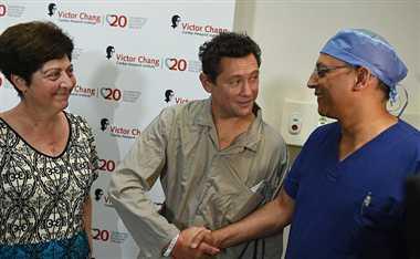 Australian surgeons transplant 'dead' heart