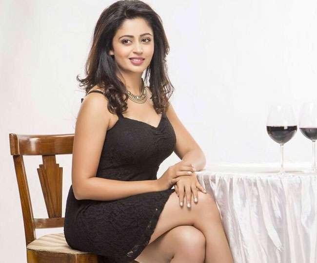 Neha wants Pakistani Artists Boycott