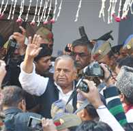 SP Supremo And Azam Khan Make Distance From Media