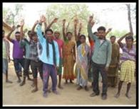 ठेकेदार के खिलाफ ग्रामीणों ने खोला मोर्चा