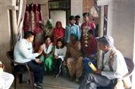 सरकारी स्कूलों में दाखिले के लिए न्योली खुर्द में चलाया अभियान